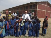 Uczniowie z Misjonarzem2