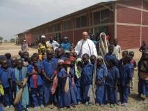 Uczniowie z Misjonarzem3