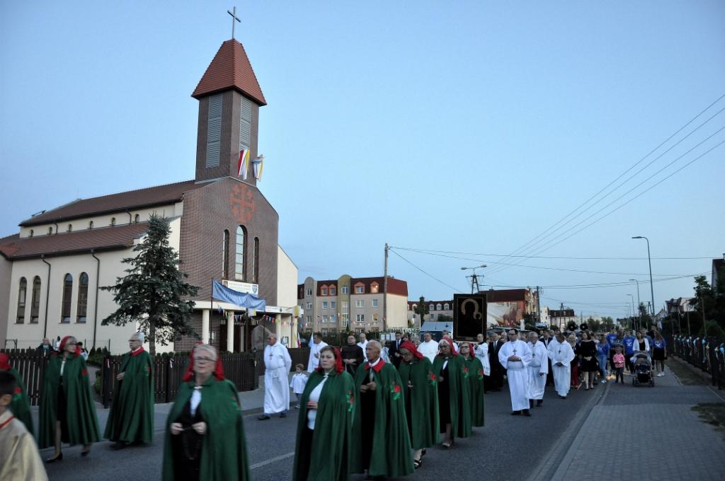 Znalezione obrazy dla zapytania Parafia św. Łukasza Bydgoszcz