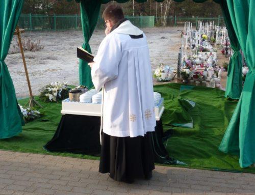 Uroczystości pogrzebowe dzieci zmarłych przed narodzeniem