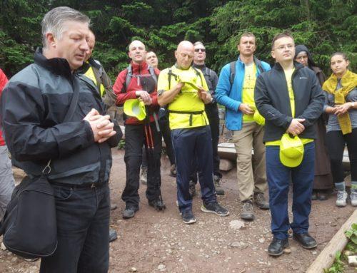 """""""Mężczyźni na szlaku"""" – niecodzienne rekolekcje w Tatrach"""