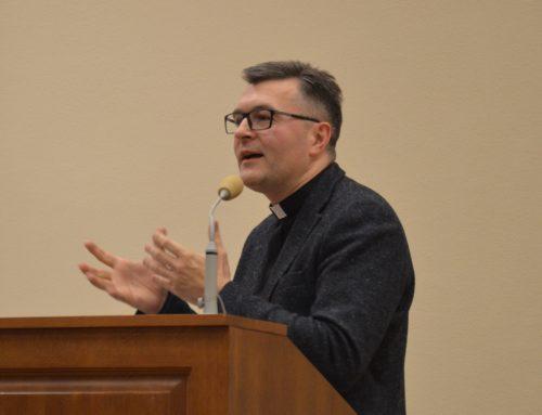 """Wykład """"Człowiek jako podmiot osobowy w filozoficznej refleksji Karola Wojtyły"""""""