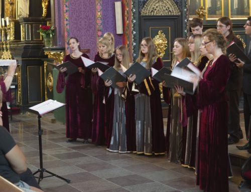 IX  Koncerty Maryjne z Różą