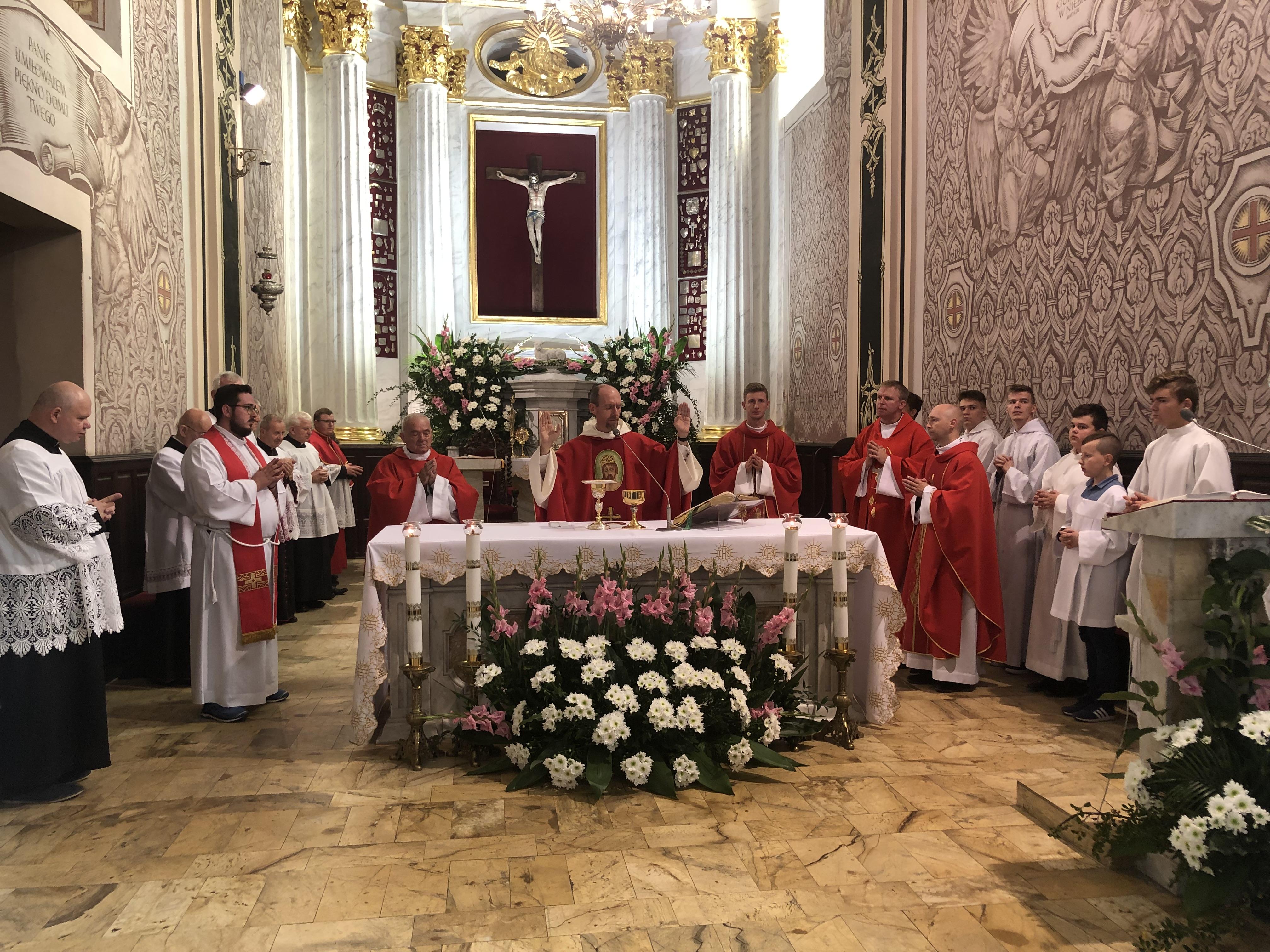 """Modlitwy w ramach akcji """"Polska pod Krzyżem"""""""