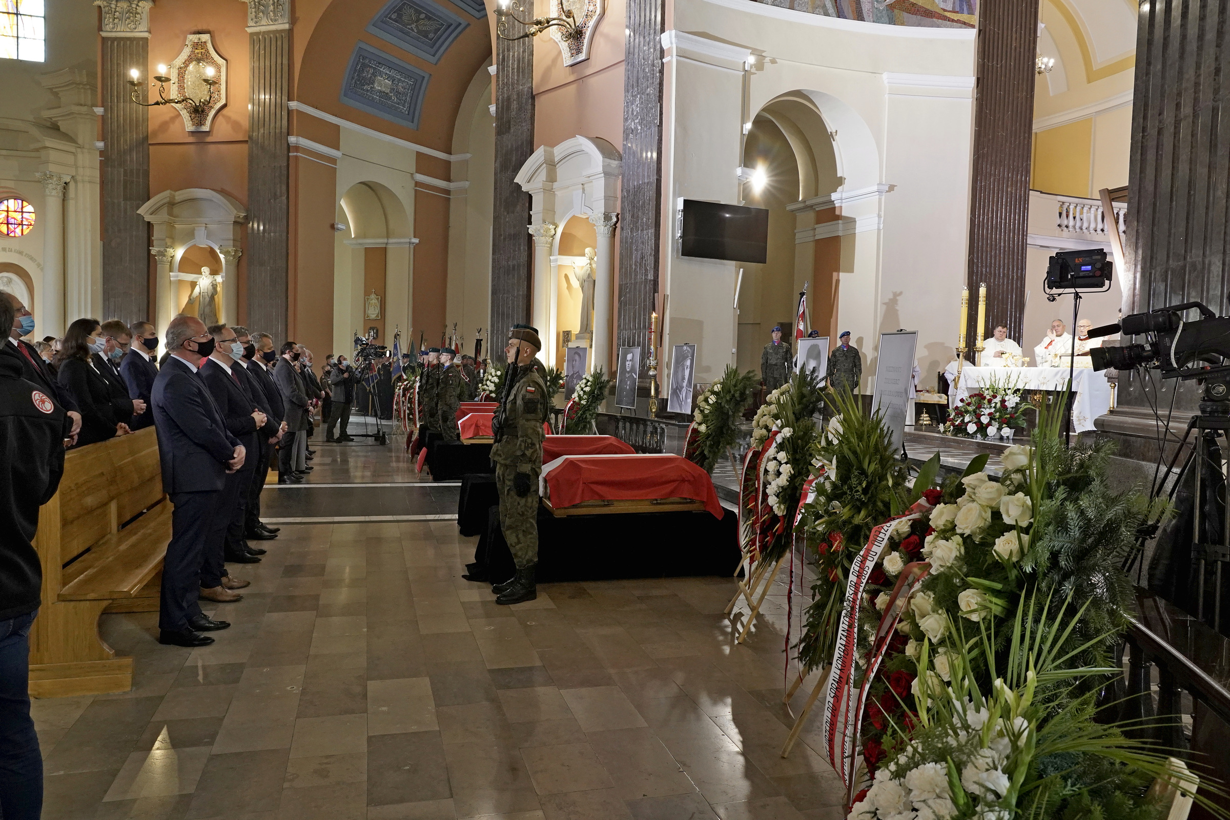 Uroczystości pogrzebowe ofiar zbrodni komunistycznych